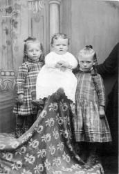 Ocella and Lois Rawlins and May VanOrden Portrait